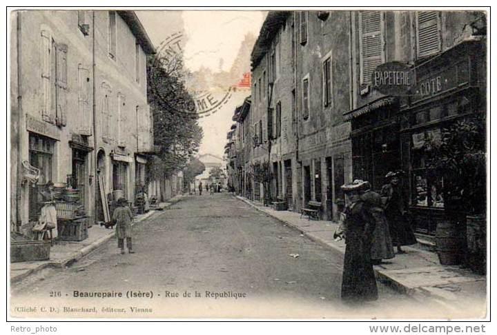 Beaurepaire - Rue De La République ( Blanchard, éditeur ) - Beaurepaire