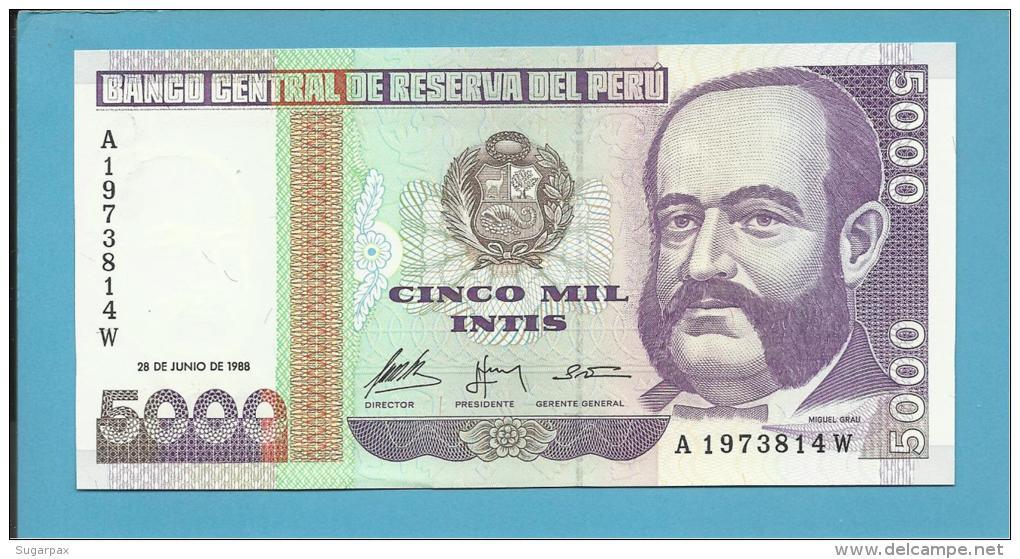 PERU - 5000 INTIS - 28.06.1988 - Pick 137 - UNC. - MIGUEL GRAU - 2 Scans - Pérou