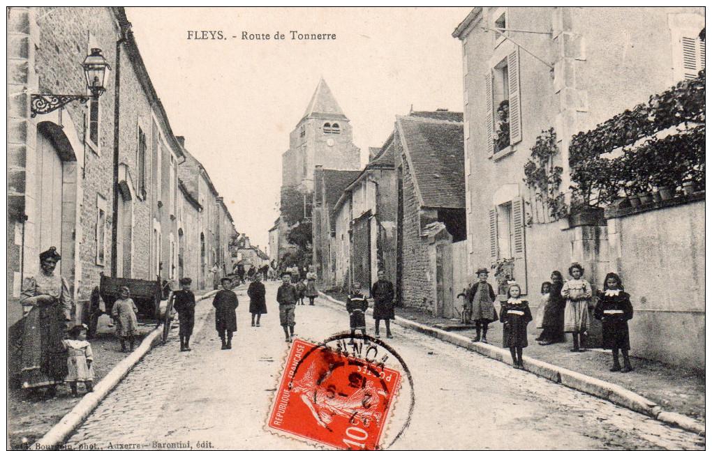 Cpa  89  Fleys , Route De Tonnerre , Belle Animations - Autres Communes