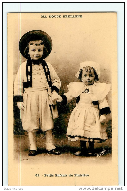 Douce Bretagne : Petits Enfants Du Finistère En Costume Traditionnel -  TBE - 2 Scans - France