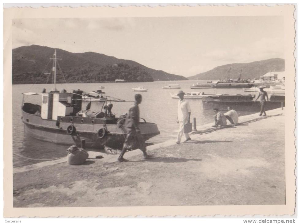COLONIE FRANCAISE,MADAGASCAR,MADA GASIKARA,MALGACHE,HELL-VI LLE EN 1964,ile De NOSY BE,ANDOANY,PORT DE PECHE,bateau - Orte