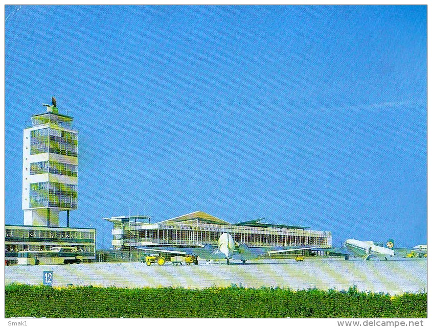 AK FLUGWESEN AERODROME FLUGHAFEN AIRPORT BEOGRAD  EX YUGOSLAVIA  ALTE POSTKARTE - Aerodrome