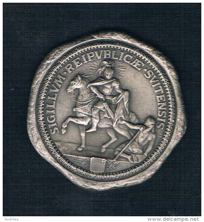 SIGILLVM REIPVBLICAE SVITENSIS - Monedas