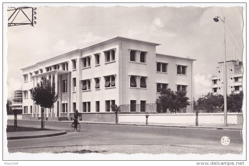 Sidi Bel Abbès - L'Hôtel Des Finances - Circulé Sans Date, Sous Enveloppe - Sidi-bel-Abbes