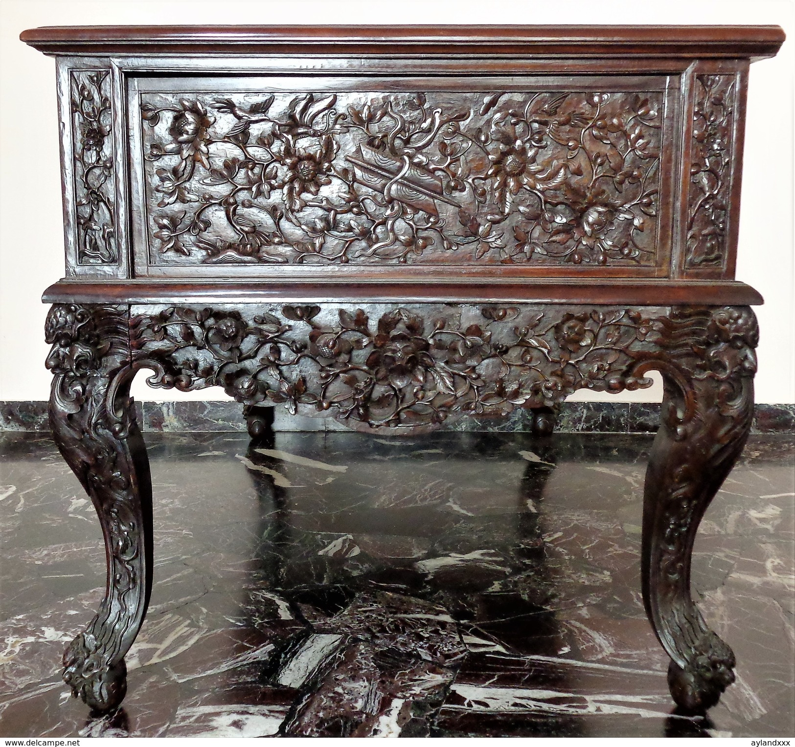 CINA (China): Old And Fine Chinese Desk Table Carved In Hardwood (Rosewood ?) - Arte Orientale