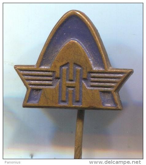 HANOMAG - Tractor Trattore Tracteur, Vintage Pin Badge - Tracteurs