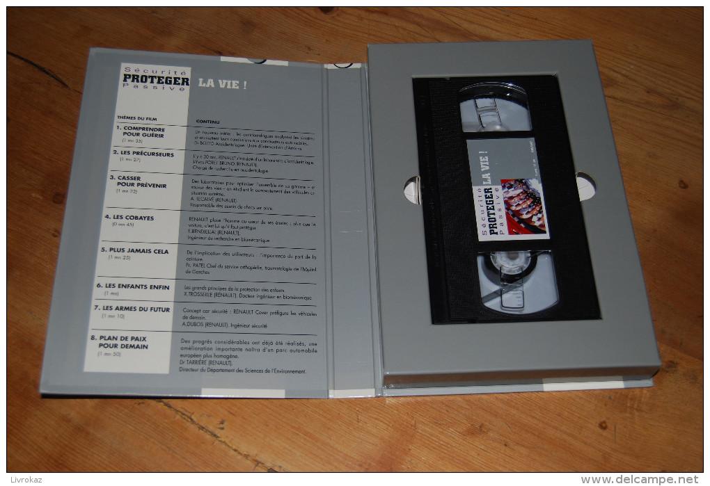 Cassette Video VHS NEUVE Renault Automobile, Sécurité Passive, Protéger La Vie, Accidentologie, 11 Min., 1993 (?) - Documentaires