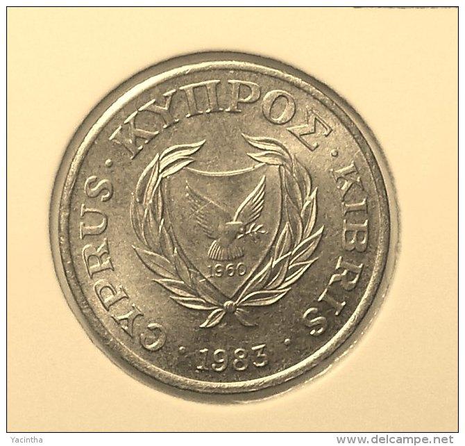 @Y@    Cyprus   2 Cent     1983    Unc  (2850) - Chypre