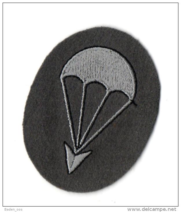 Insigne Tissu Parachutistes Allemand - Insigne & Ordelinten