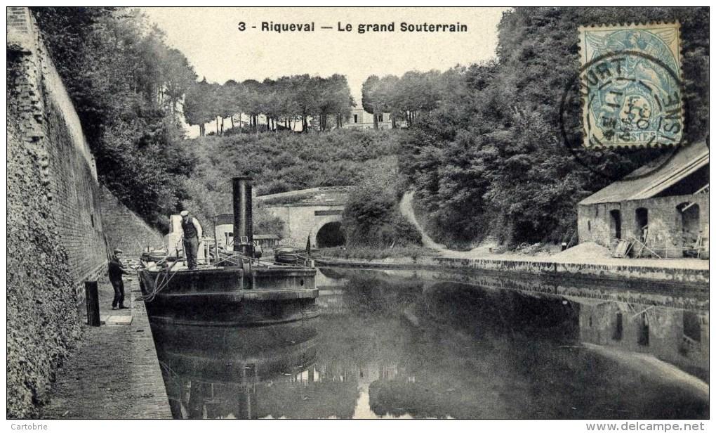 02 RIQUEVAL Le Grand Souterrain Animée Péniche - Frankreich