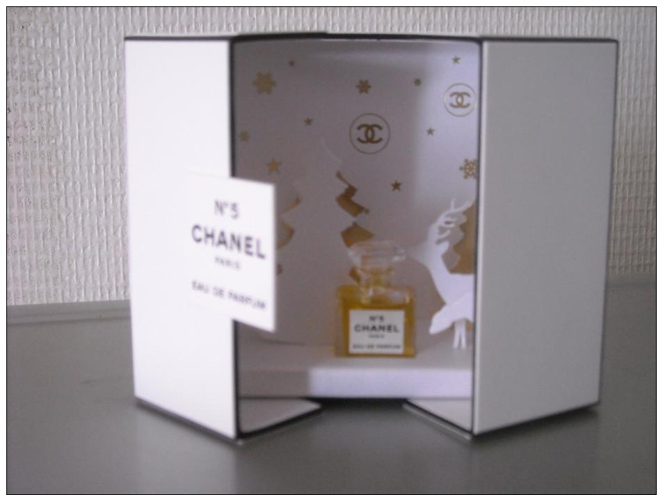 chanel noel 2014 coffret miniature n 5 eau de parfum. Black Bedroom Furniture Sets. Home Design Ideas