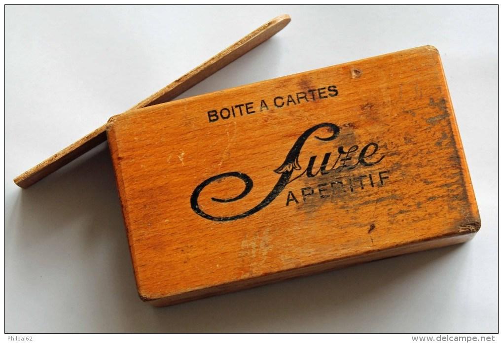 Boîte à Cartes Publicitaire Pour Café Marquée Suze Sur Les 2 Côtés. - Cartes à Jouer