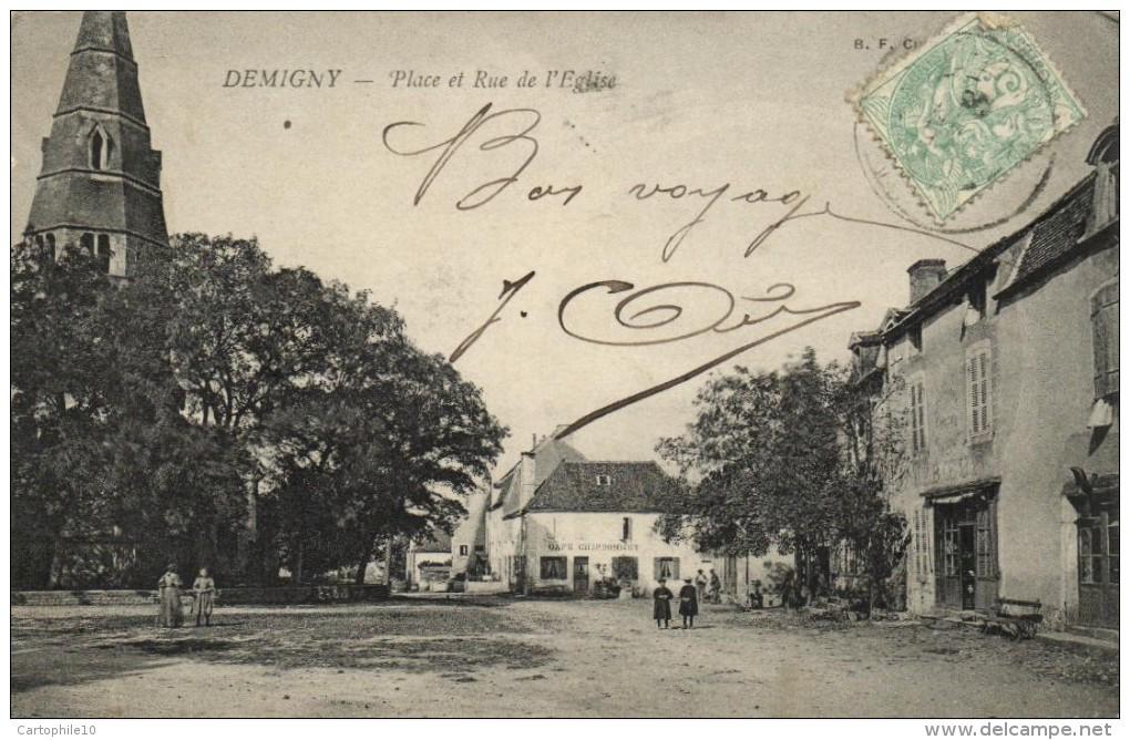 DEMIGNY  PLACE ET RUE DE L EGLISE - France