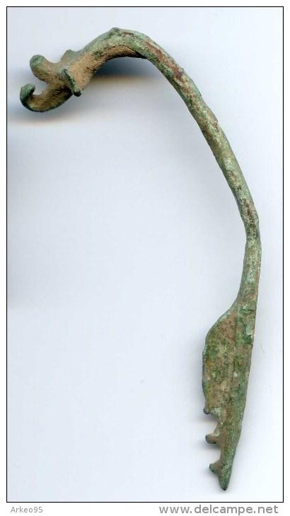 Fibule Romaine En Bronze - Archéologie