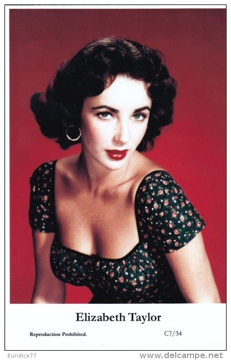 ELIZABETH TAYLOR - Film Star Pin Up - Publisher Swiftsure Postcards 2000 - Entertainers