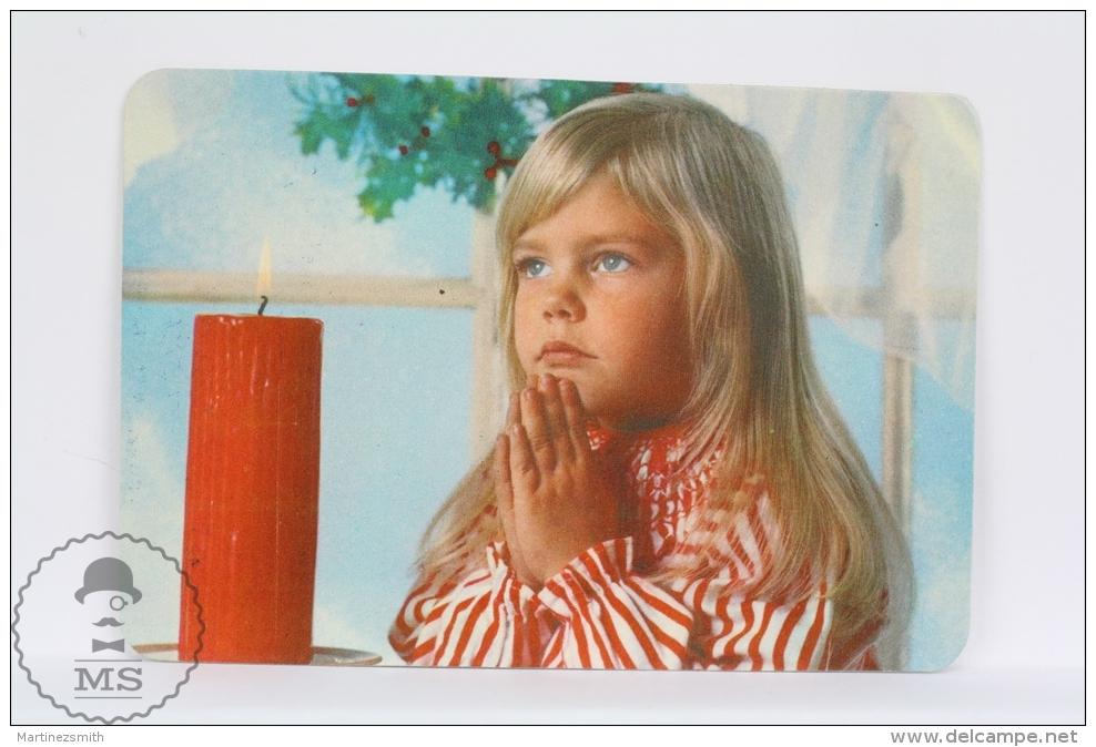 1976 Small/ Pocket Calendar - Christmas Children Praying - Tamaño Pequeño : 1971-80