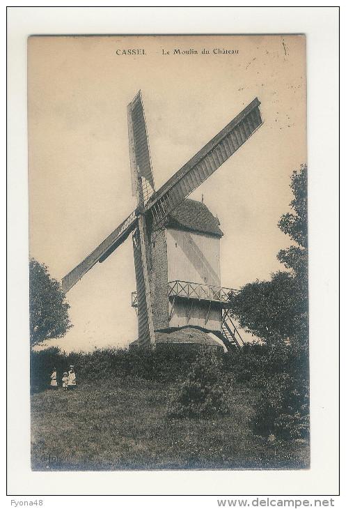 CASSEL - Moulin Du Jardin Public Et Du Château. L'avant Et Le Côté. - Cassel