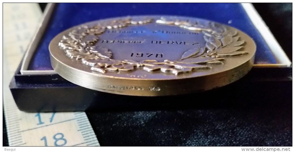 Medaille D´Honneur 1978 Ville De Montargis,argent Massif, RARE - Monnaie De Paris