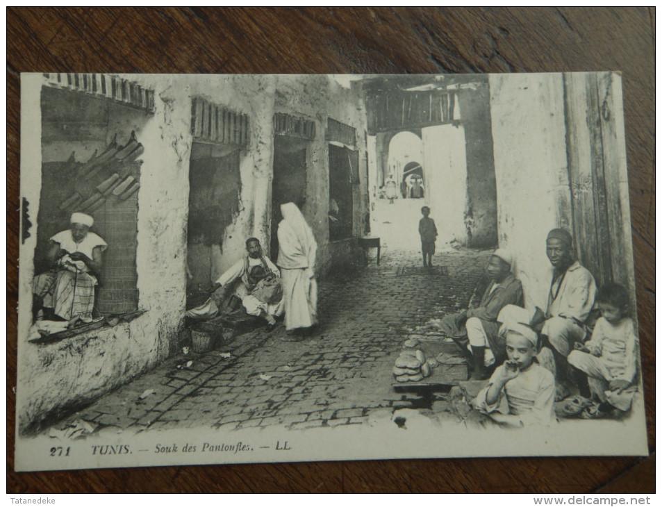 TUNIS Souk Des Pantoufles - Tunisie