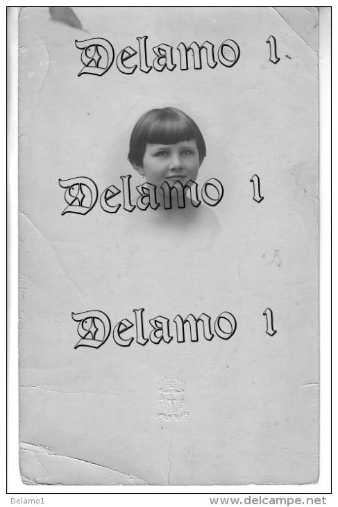 FOTO Originale  -- VISO DI BAMBINA -- Timbro A Rilievo ZANCOLLI - Personnes Anonymes
