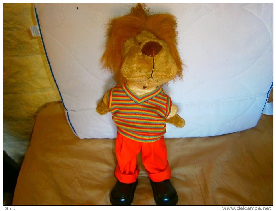 AUTOMATE  LION  CHANTE ET BOUGE - Unclassified
