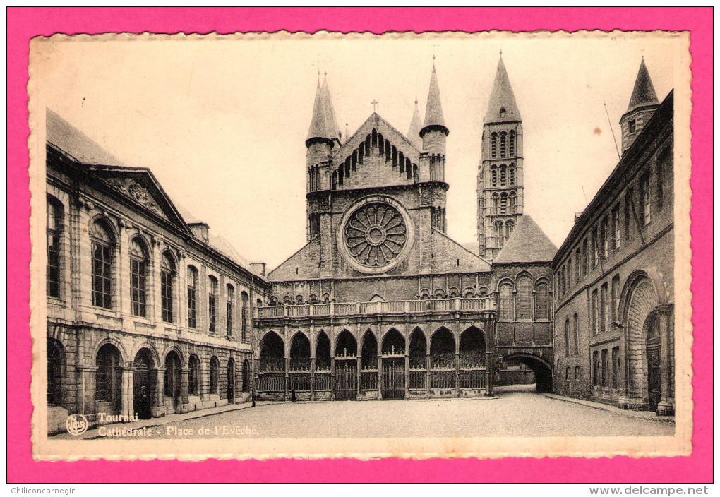 Tournai - Cathédrale - Place De L'Evêché - NELS - THILL - Edition C. BOURET - 1960 - Tournai