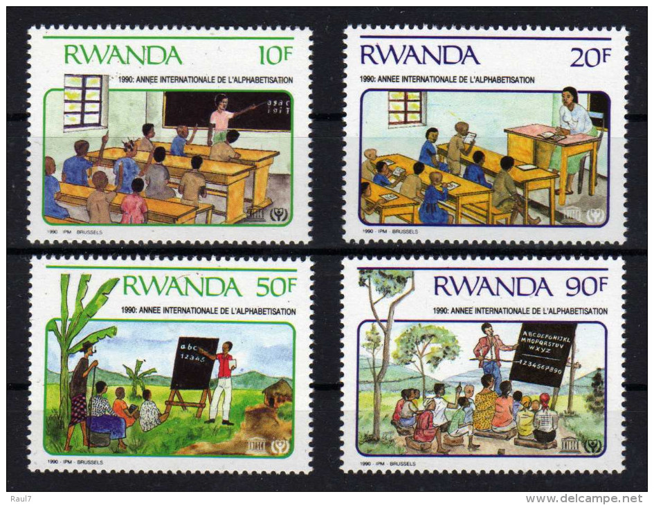 RWANDA 1990 - UNESCO, Année Inter De L'Alphabetisation, Enfants, écoles - 4 Val Neuf // Mnh - Rwanda