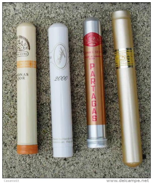 TABAC  )    BOITE / ETUI  A  CIGARES  -   H. UPMANN  -  DARDOFF  -  PARTAGAS  -  ROMEO  Y  JULIETA - Zigarrenetuis