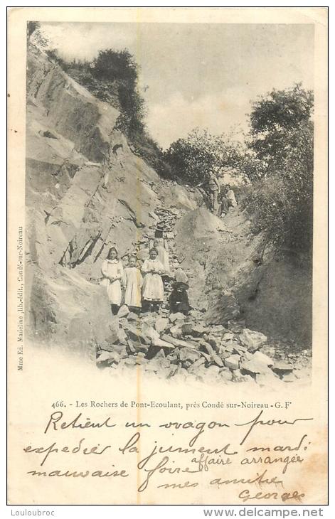 LES ROCHERS DE PONT ECOULANT PRES DE CONDE SUR MOIREAU - France