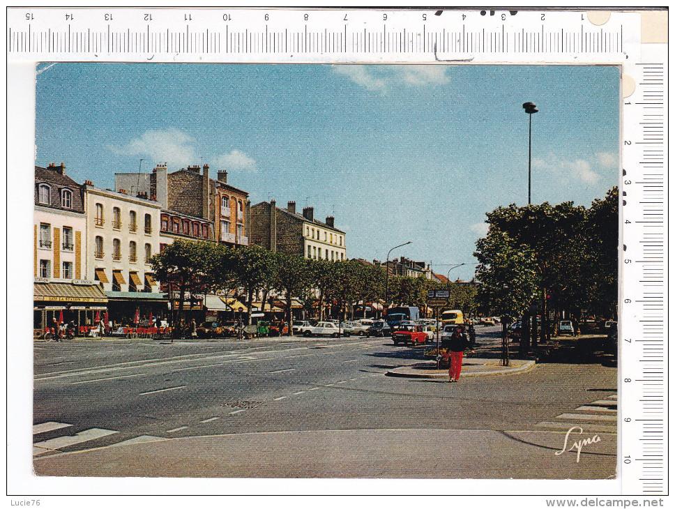 MAISONS LAFFITTE  -  Avenue De  Longueil -  Véhicules - Maisons-Laffitte