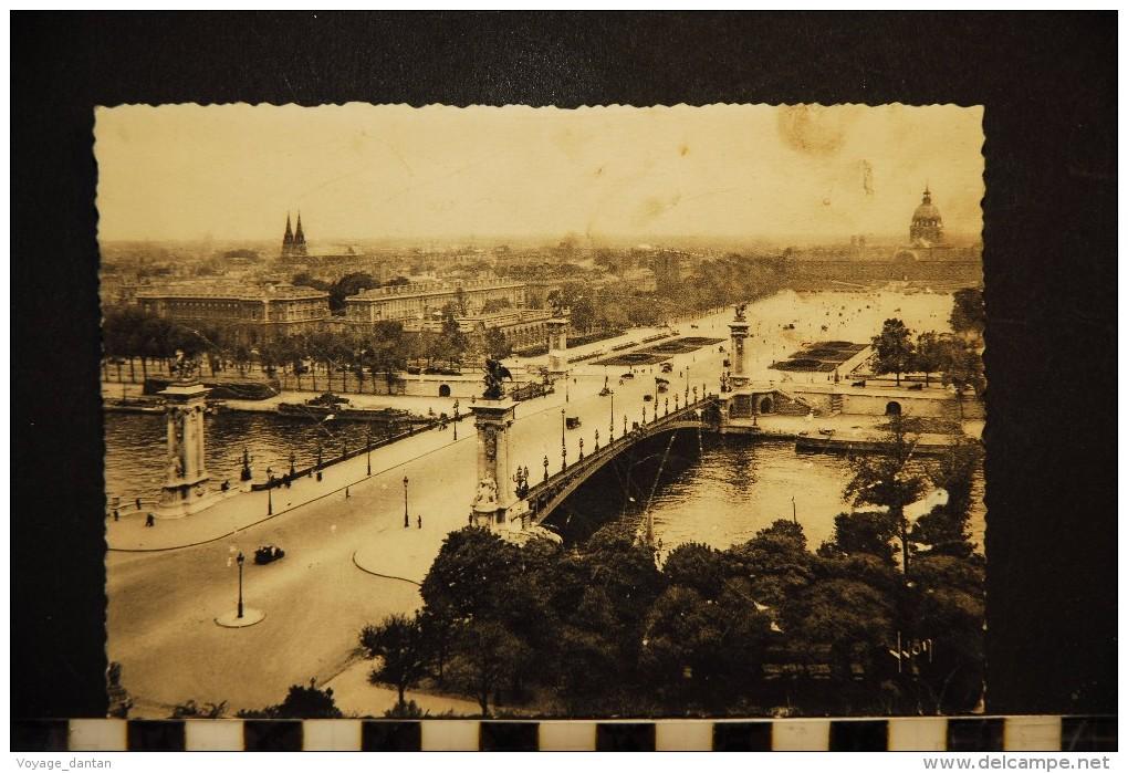75, PARIS, PONT ALEXANDRE III ET ESPLANADE DES INVALIDES - Ponts