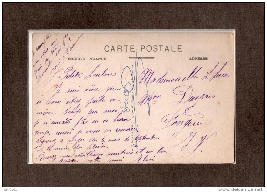 CPA  --  DPT 44   --  NANTES  --  LA  FONTAINE  DE  LA  PLACE  DE LA  DUCHESSE  ANNE  --AU  FOND  LE  COURS  ST - PIERRE - Nantes