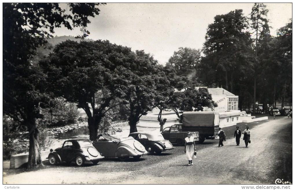 63 CHATEAUNEUF Les BAINS Cpsm Les Grands Bains Animée Voitures Anciennes 1950 - France