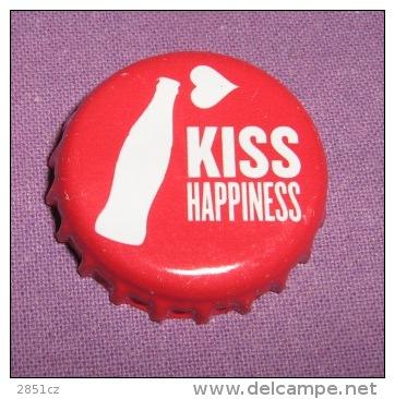 Coca-cola - Bottle Cap / Magnet - Kiss Happiness, Croatia, 2015. - Casquettes