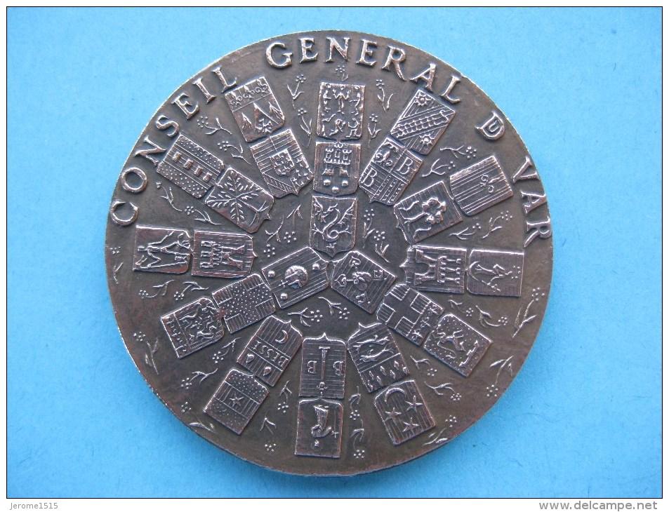 Médaille En Bronze Du Conseil Général Du Var   & - Touristiques