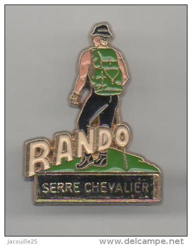 PINS PIN'S SPORT D'HIVER SKI SERRE CHEVALIER RANDO RANDONNEES - Pin's