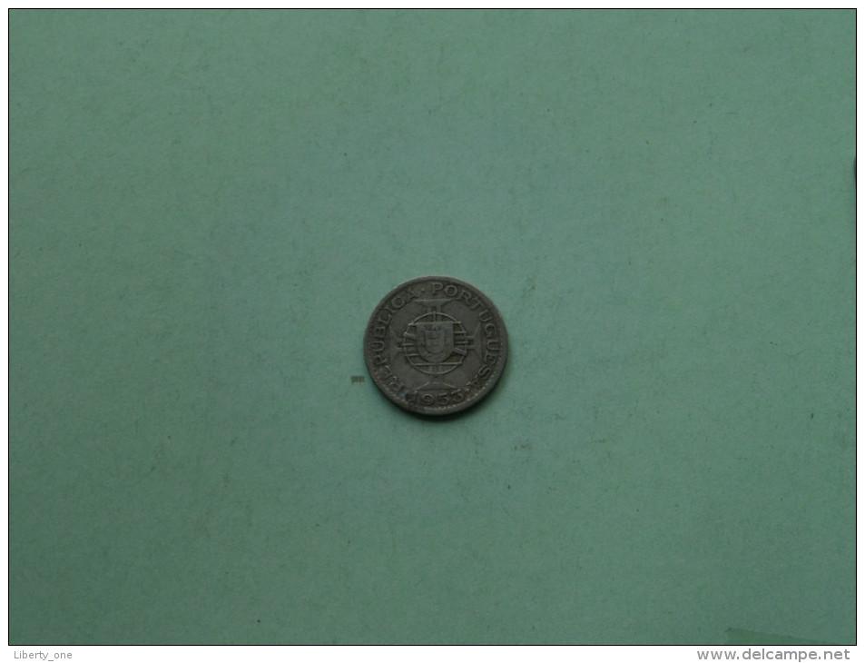 1953 - 2.5 Escudos / KM 77 ( For Grade, Please See Photo ) !! - Angola