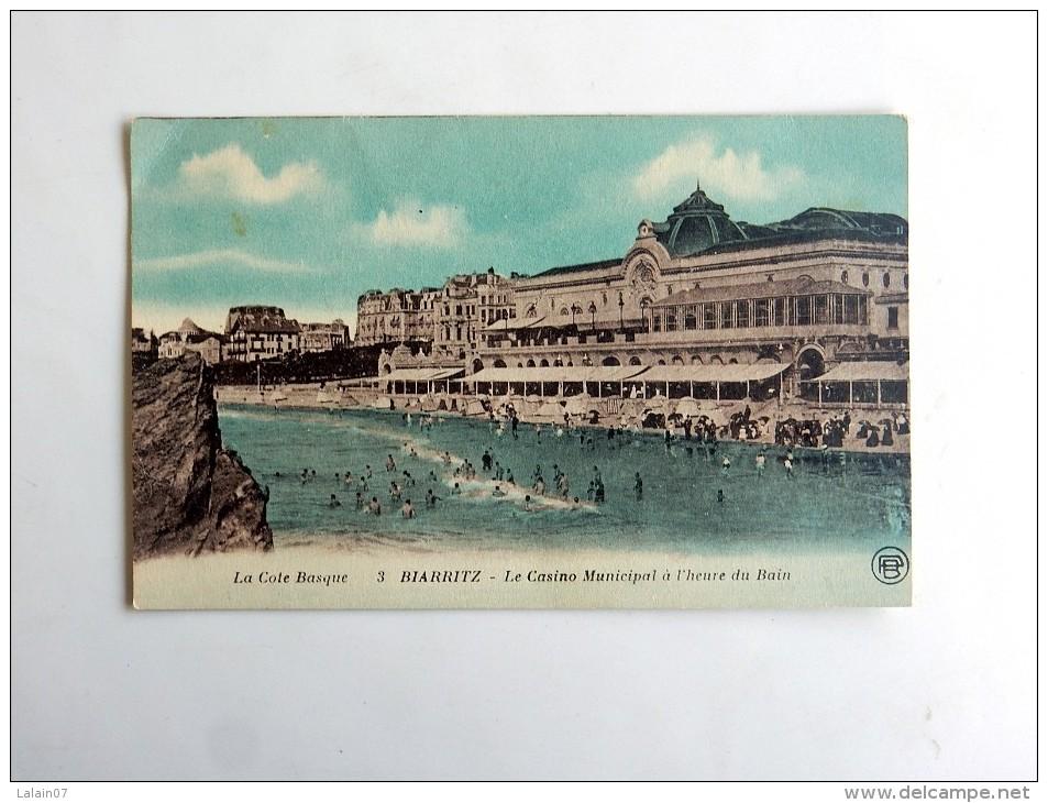 Carte Postale Ancienne : BIARRITZ : Le Casino Municipal à L'heure Du Bain, édité Par Le Duigou F, Chirurgiens Lesparre - Biarritz