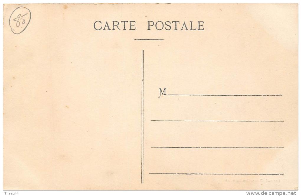 ¤¤  -     ILE-D'YEU    -   Le Port De La Meule    -  ¤¤ - Ile D'Yeu