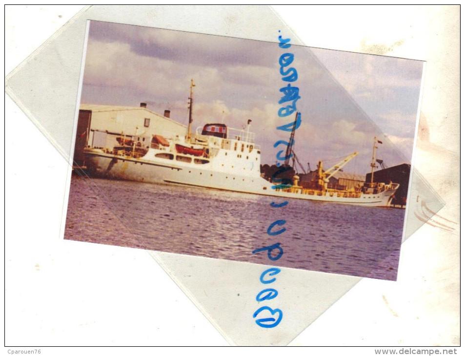 """Photo Bateau Navire """"   Penthièvre """" S N C O France 1973 Chypre ,1976 Alida Grèce 1984 Détruit - Barche"""