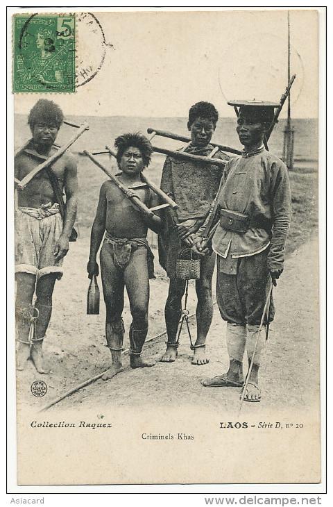Laos Criminels Khas Nus Portant La Cangue Tete Et Chaines Aux Pieds Torture Raquez Serie D  20 Cachet Savan Nakhet 1907 - Laos