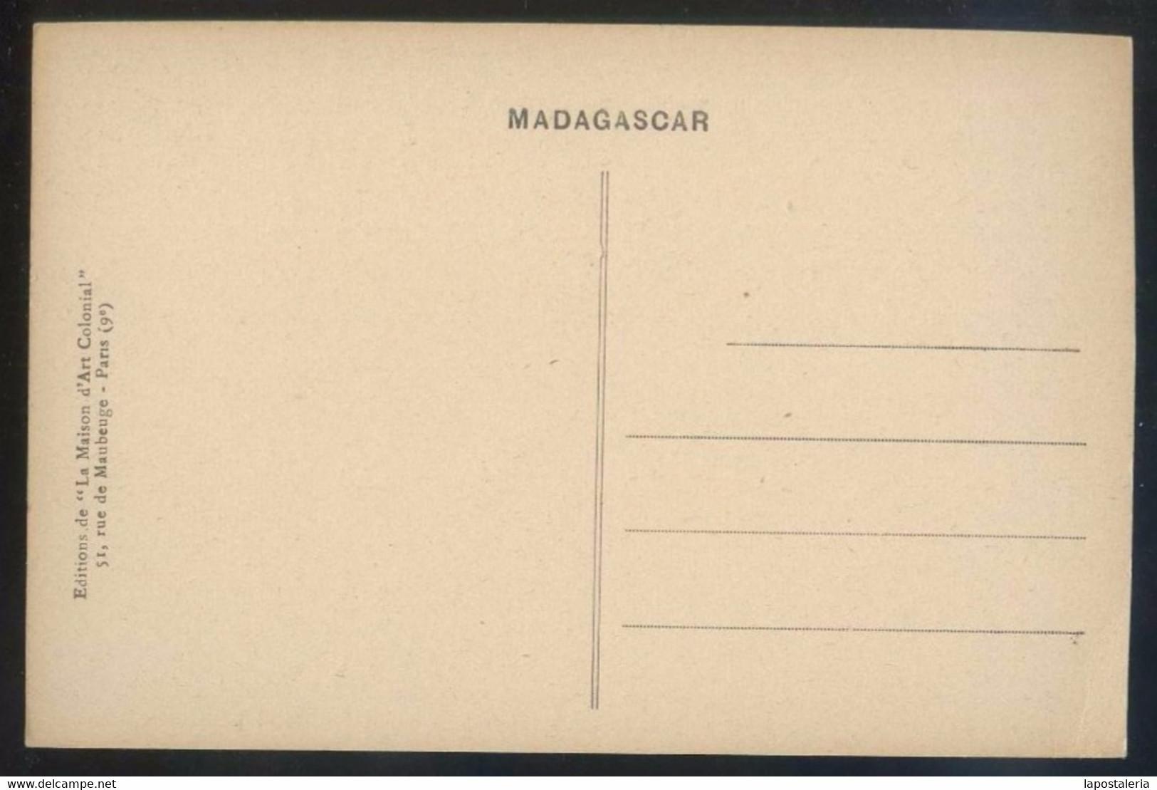 Toliara. *A L´autrucherie De Tuléar* Ed. La Maison D´Art Colonial Nº 16 Nueva. - Madagascar