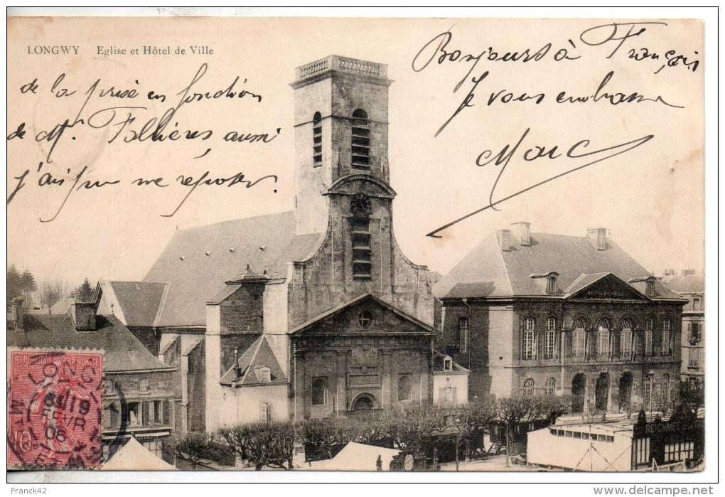54. Longwy. Eglise Et Hotel De Ville - Longwy