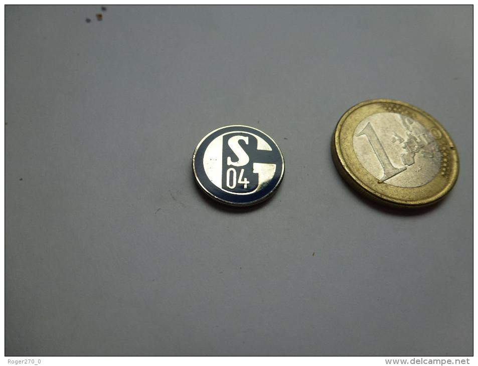 Logo ( No Pin´s ) Football , Club UEFA , FC Gelsenkirchen-Schalke , Germany - Football