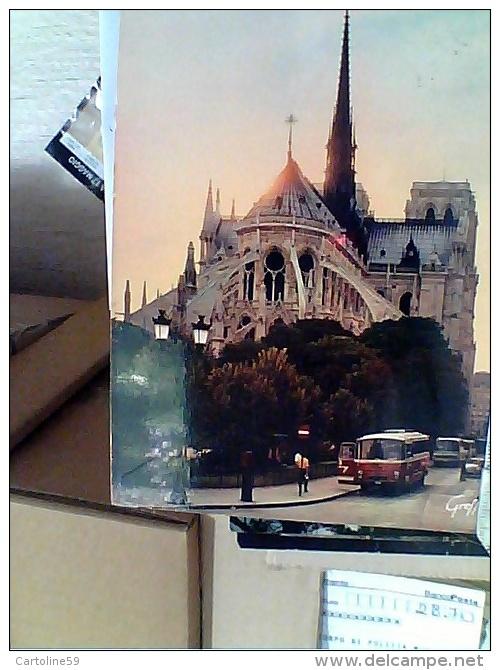 FRANCE Paris: AUTOBUS/COACH, CITROËN 2CV, VW 1200 COX - Crépuscule Sur Notre-Dame  VB1973 EV912 - Notre Dame De Paris