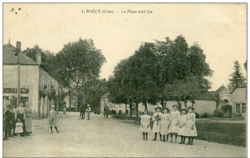 18 - BRECY - La Place Cité Est (1 Pli En Angle) - France