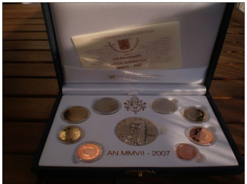 COFFRET BE VATICAN 2007 (dont 1 Médaille Argent) - Vaticano (Ciudad Del)