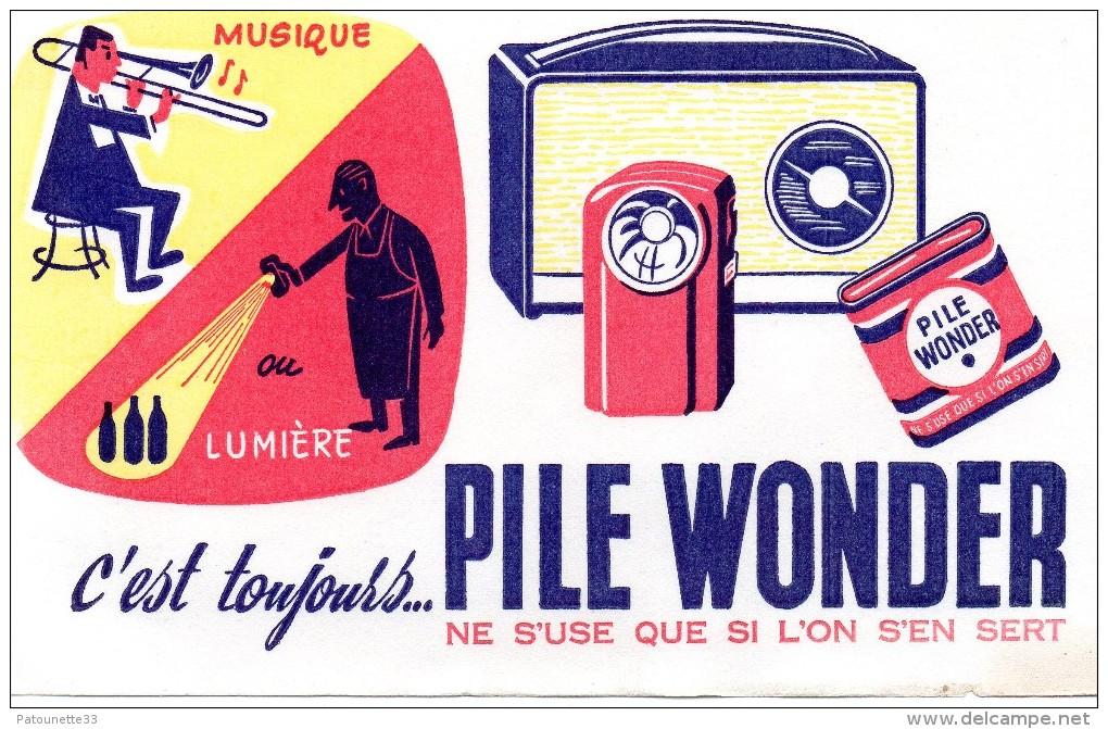 BUVARD PILE WONDER MUSIQUE OU LUMIERE  ( 13.5 CM X 21 CM) - Piles
