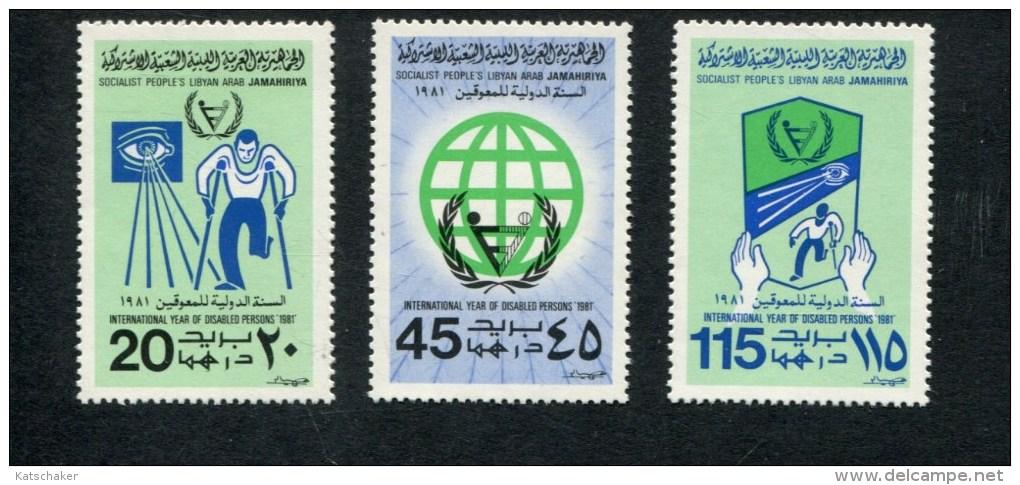 LIBIE POSTFRIS MINT NEVER HINGED  YVERT 922 923 924  STEUN AAN GEHANDICAPTEN - Libye