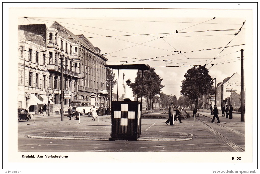 AK Deutschland Krefeld Am Verkehsturm Echte Foto 1.8.1951 Krefeld Nach Zürich - Krefeld